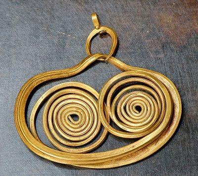 "Mycenean Gold Earrings, 1600 BC, ""The beginning of Ancient Greek Jewelry Culture"", SilverTownArt"