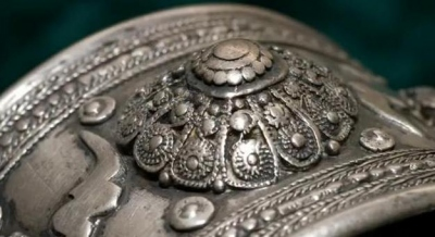 A typical example of Ioannina silverware aesthetics: the Byzantine traditional patterns are harmoniously combined with western artistic motives.